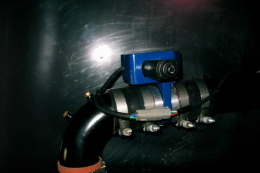 Camoplast GT 1200 Personal Carrier Valve Installation