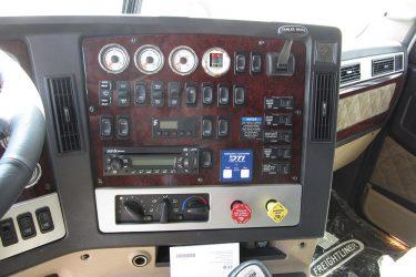 Freightliner DD15 Dash Control Installation