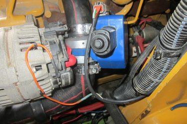 John Deere 329D Skidsteer Valve Installation