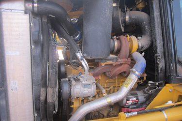 John Deere 450J LGP Dozer Valve Installation Engine View
