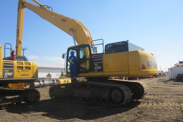 Komatsu PC490-LC Excavator